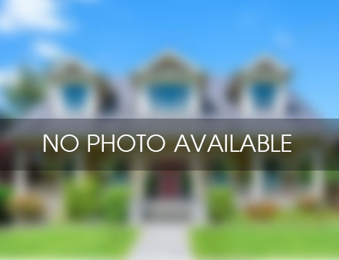 Listing in Dix Hills, NY